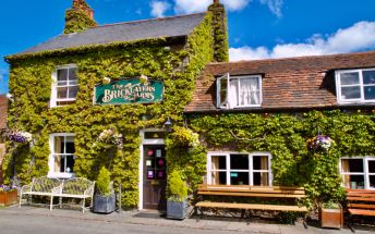 Country pub with outstanding food in Flaunden